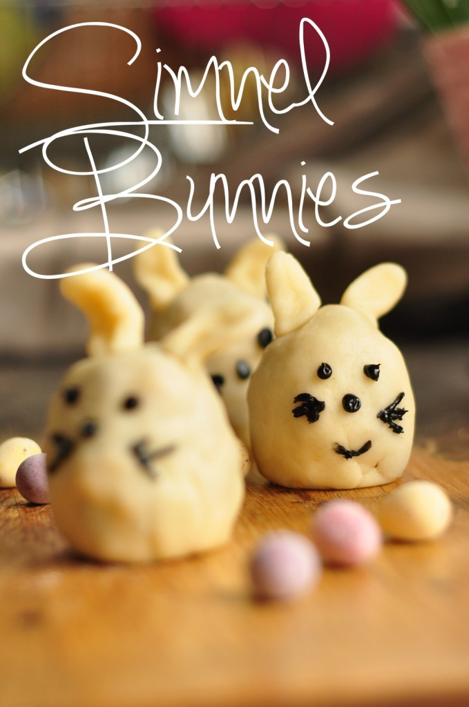 SImnel Bunnies 1